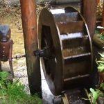 moara de apa casuta din povesti